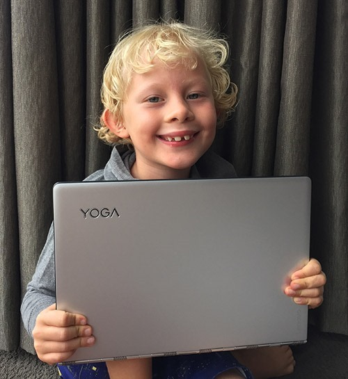 Ari Hunt with his new Yoga 900